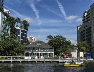 Choosing the Right Florida Title Company