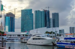 Work with a Florida Title and Escrow Company