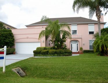 Legal Requirements to Sell a House in Florida